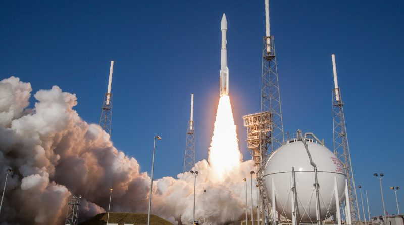 Photos: Atlas V thunders off with secret NROL-61 Payload