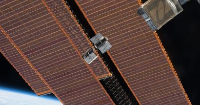 SmallSat Operators receive U.S. Government Contracts