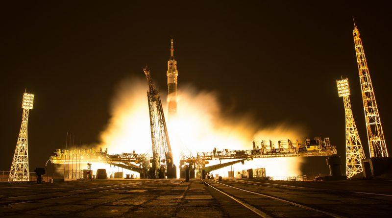 Photos: Soyuz lights up the Night