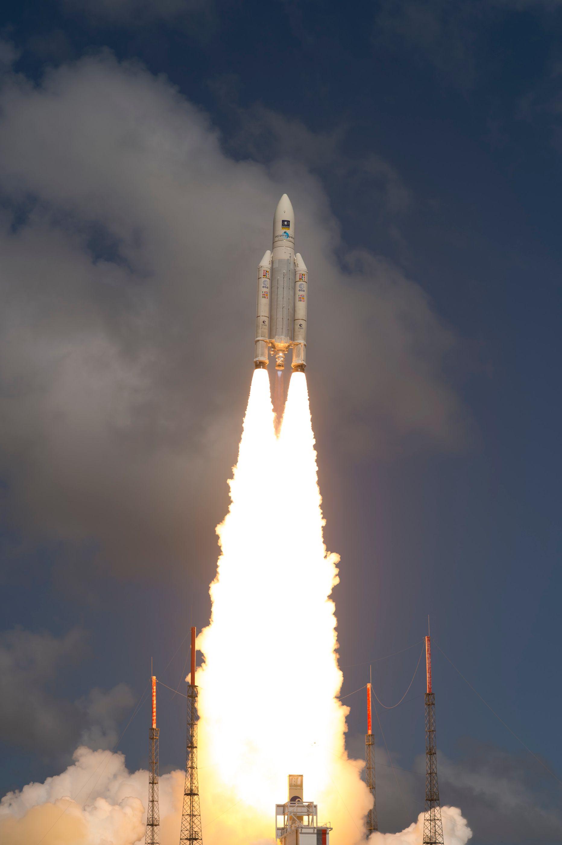 ariane_5_liftoff_on_flight_va233-19