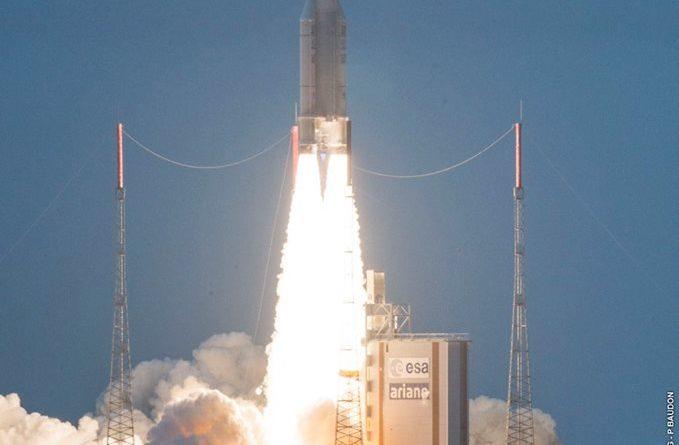 Photos: Final Ariane 5 Launch of 2016