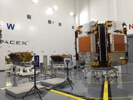 The first batch of Iridium-NEXT Satellites during launch processing - Photo: Iridium