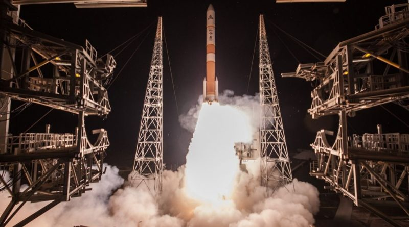 Photos: Delta IV blasts off on Military Satellite Delivery Mission