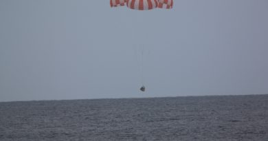 Twice-Flown Dragon Cargo Spacecraft Splashes Down