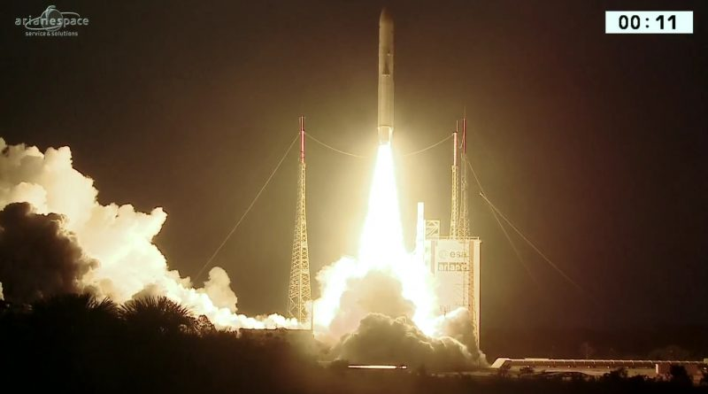 Video: Ariane 5 blasts off on first heavy-lift mission of 2017
