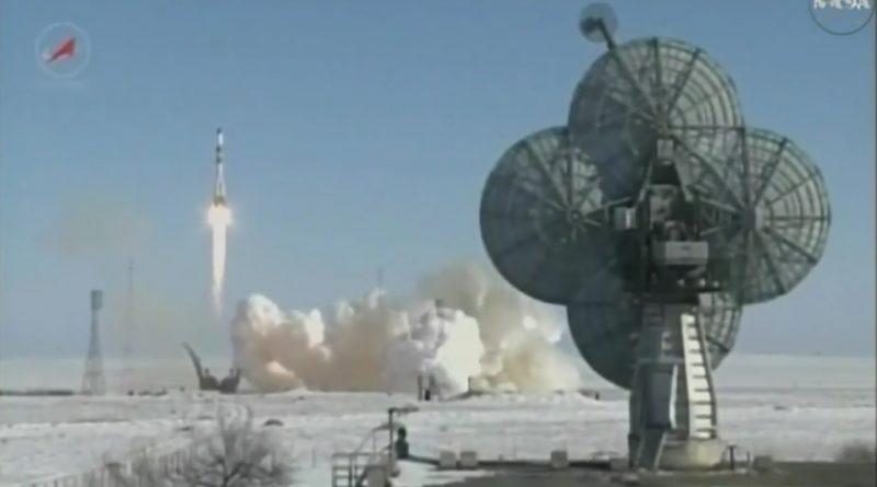 Videos: Soyuz U ascends into clear Morning Skies over Baikonur