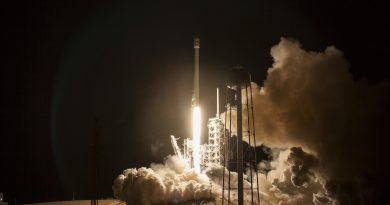 Photos: Legless Falcon 9 lights up the Night