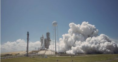 """""""Flight-Proven"""" Falcon 9 fires up for Static Test ahead of Historic Re-Flight Mission"""
