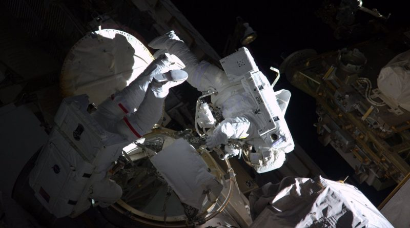 Busy Spacewalk outside ISS Highlights NASA's Problem Solving Skills