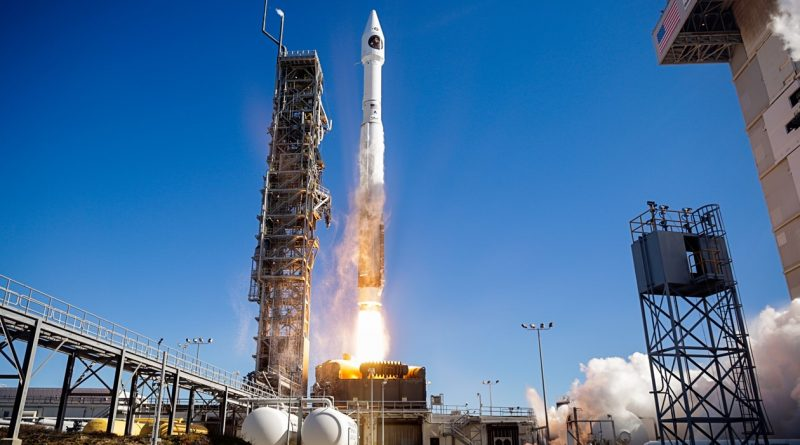 Photos: Atlas V blasts off with secretive NRO Payload