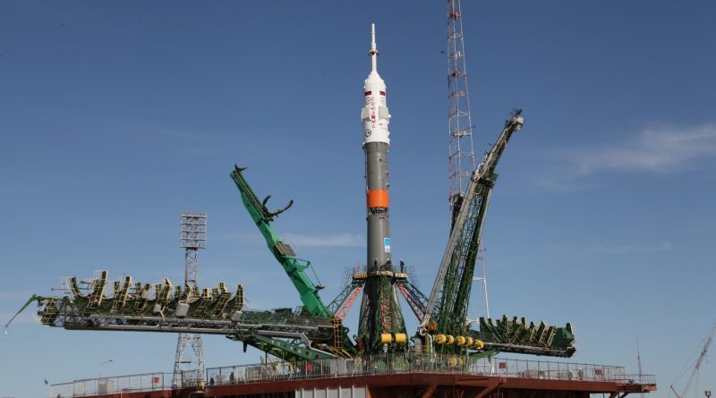 Early Morning Rollout kicks off Launch Week for Soyuz FG Rocket & Two-Man ISS Crew