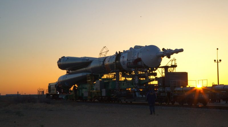 Photos: Early Morning Rollout of Soyuz Rocket