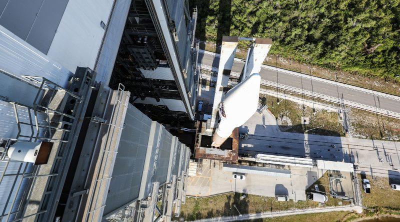 Photos: Atlas V rolls out with Cygnus Cargo Spacecraft