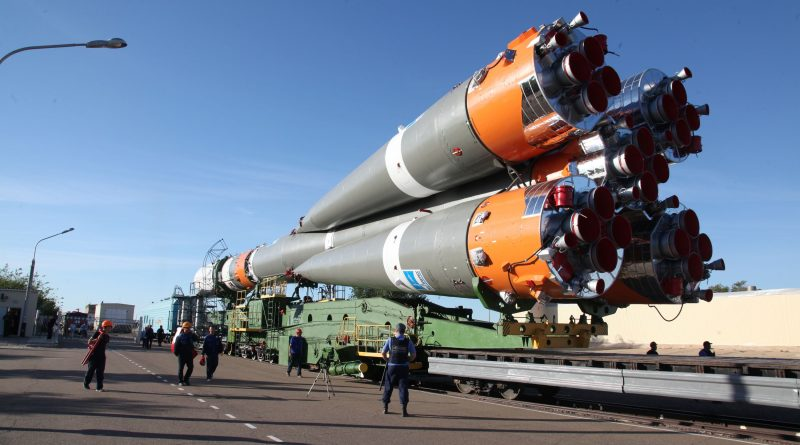 Photos: Soyuz Rocket Rolls Out for Progress MS-06 Launch