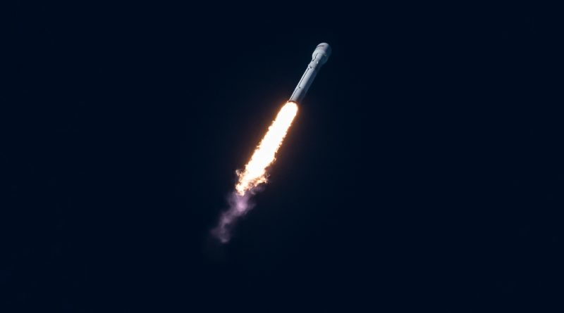Expendable Falcon 9 Launches on Third Try with heavy Intelsat 35e Satellite
