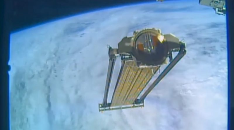 Videos: Busy ISS Robots Complete Dragon SpX-11 External Payload Operations
