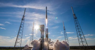 Photos: Atlas V Takes to the Skies with TDRS-M Data Relay Satellite