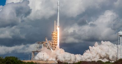 Fifth X-37B Mission Sent into Orbit by Falcon 9 Rocket, 1st Stage Lands at Cape Canaveral