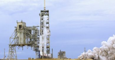 Falcon 9 Fires Up for Hold-Down Engine Test Ahead of X-37B OTV-5 Launch