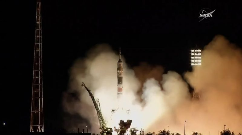 Videos: Soyuz Rocket Climbs into the Night with Three ISS Crew Members