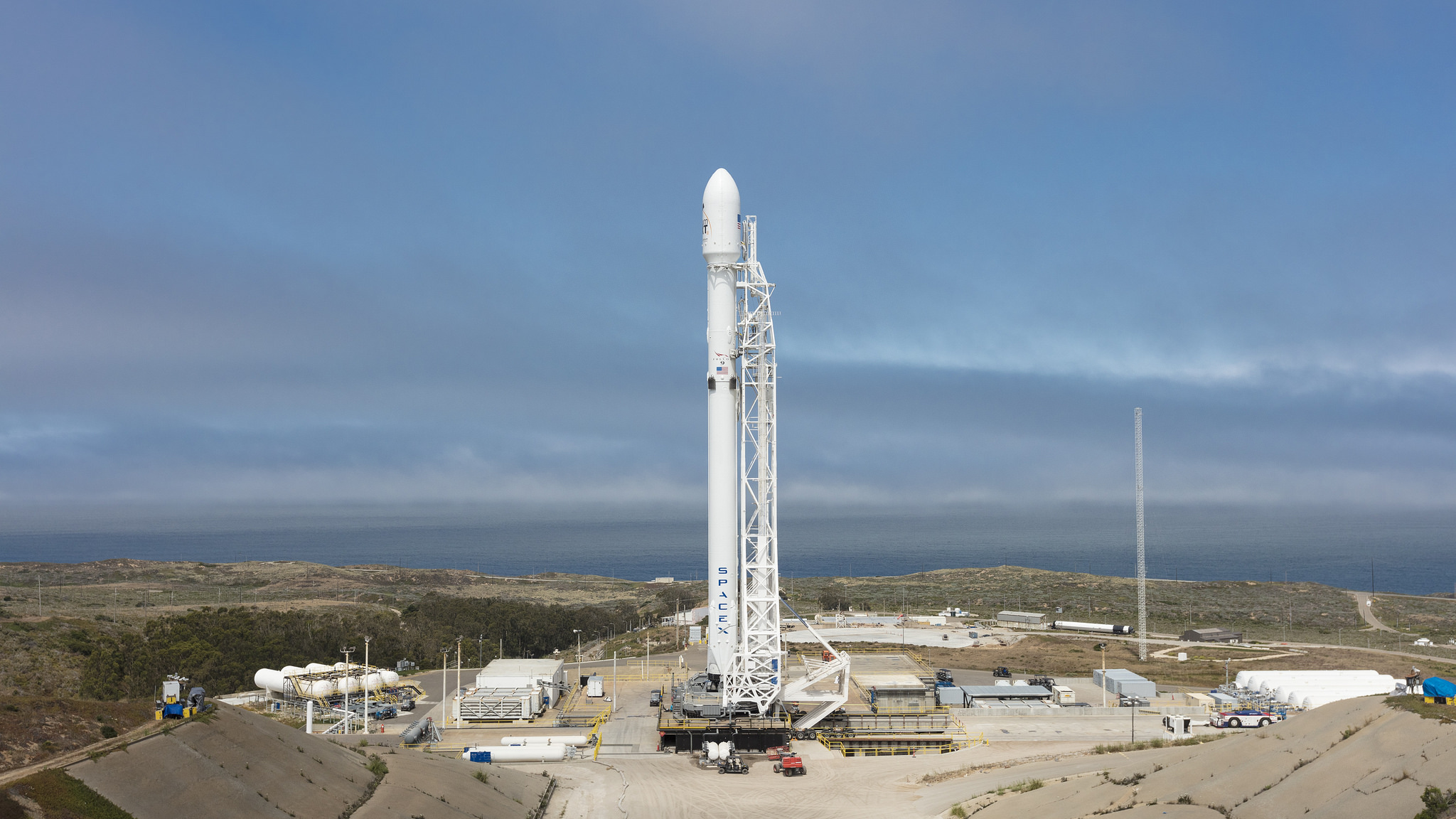 SpaceX Falcon 9 Completes Static Fire Test for Year ...