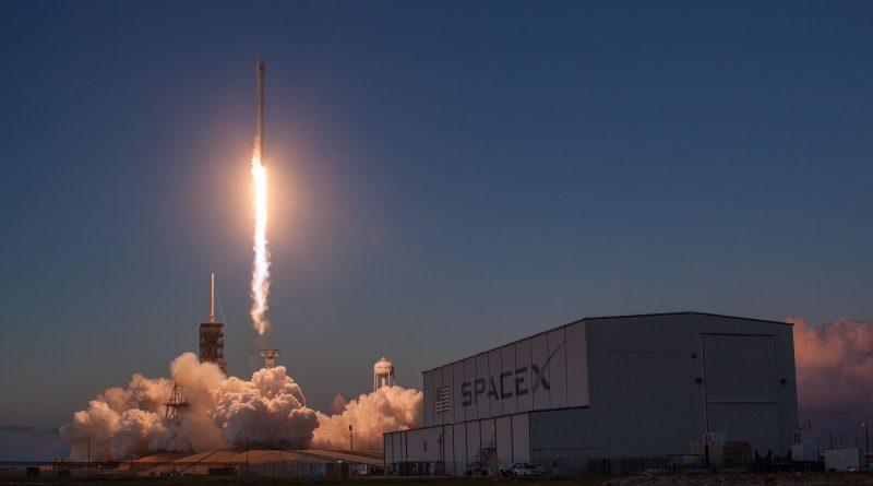 Photos: 'Flight-Proven' Falcon 9 Blasts Off in Sunset Scenery