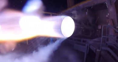 Blue Origin's BE-4 Engine Completes First Hot-Fire Test