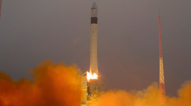 Photos: Rockot Blasts Off from Russia with Sentinel-5P Atmospheric Monitoring Satellite