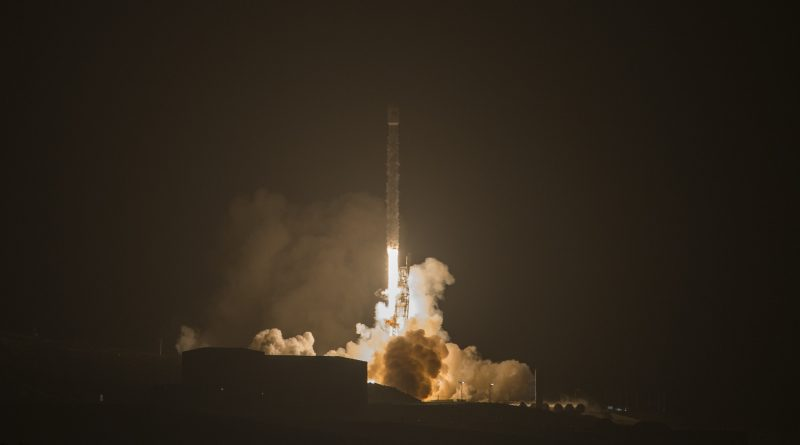 Falcon 9 Delivers 3rd Iridium-NEXT Satellite Batch, 1st Stage Masters Nighttime Drone Ship Landing