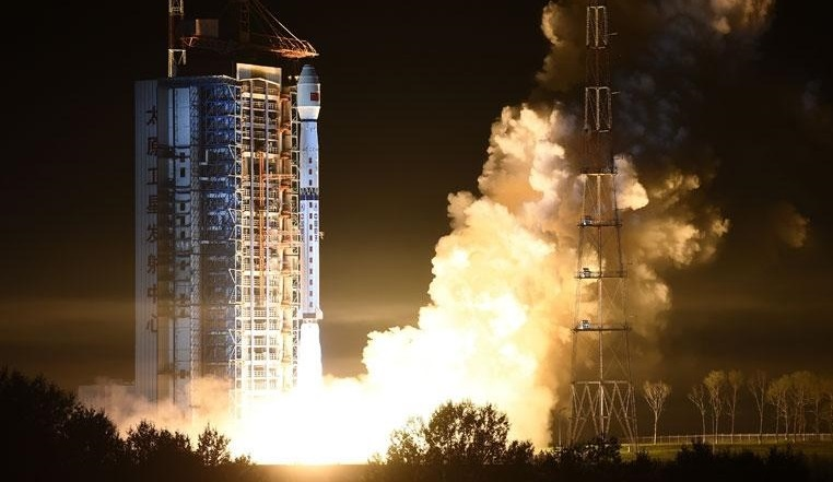 China's Long March 4C Launches Fengyun-3D Weather Satellite & HEAD-1 Ship-Tracking MicroSat