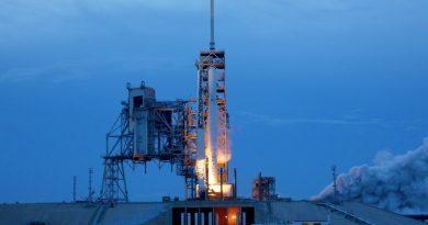 Falcon 9 Checks Off Static Fire Test ahead of Ultra-Secretive Zuma Launch