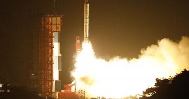 Photos: Japan's Epsilon Rocket Soars into the Night with ASNARO-2 Radar Satellite