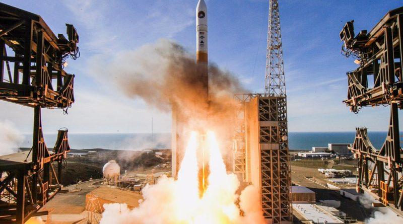 Delta IV Rocket Blasts Off from California with U.S. Spy Satellite