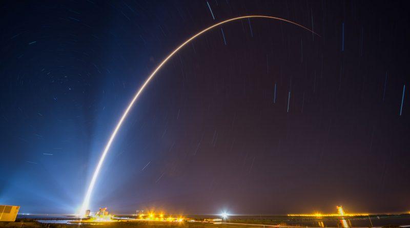 Photos: Asymmetrical Atlas V Blazes into the Night with SBIRS GEO-4