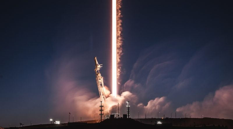 Photos: Pre-Sunrise Launch of Recycled Falcon 9 Rocket with PAZ & MicroSats