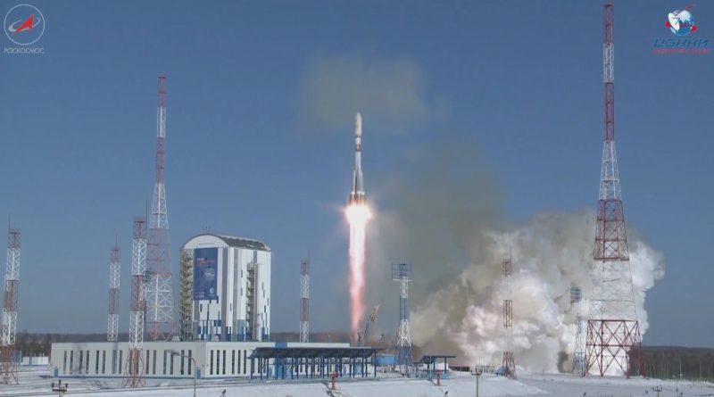 Video: Soyuz Returns to Flight from Vostochny with 11 Satellites