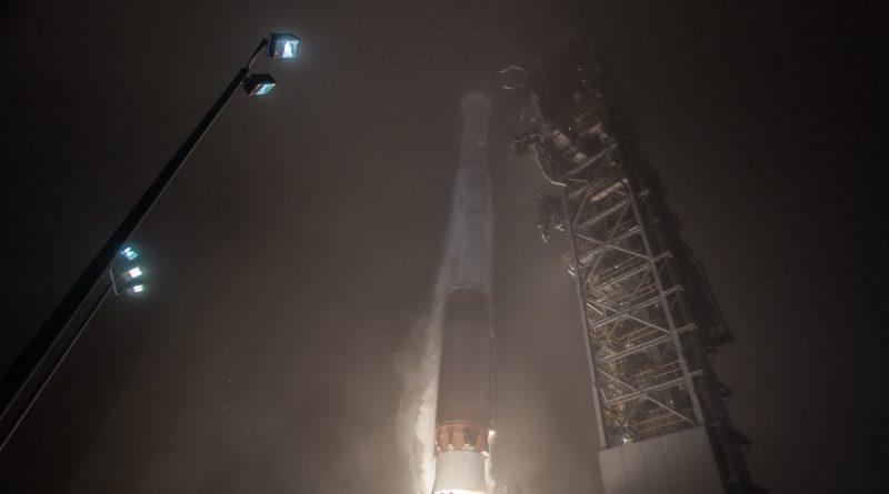 Atlas V Pierces into Vandenberg Fog on first West Coast Interplanetary Mission
