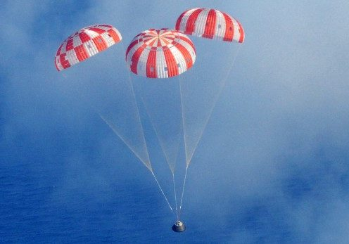 Orion_Exploration_Flight_Test-1_crew_module_before_splashdown_2014